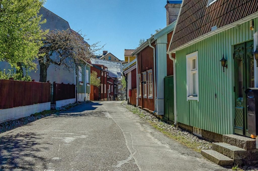 I den gamla delen av Strängnäs är det mest trähus.