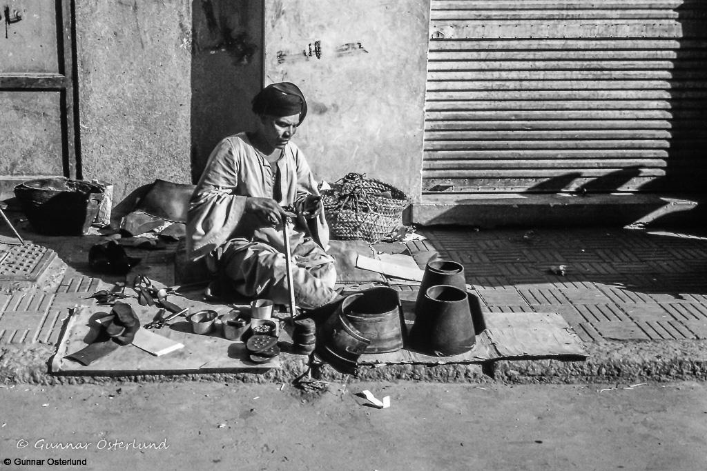 Egyptisk skomakare i Luxor.