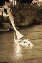 Med sådana här segelbåtar kan man färdas på Nilen.