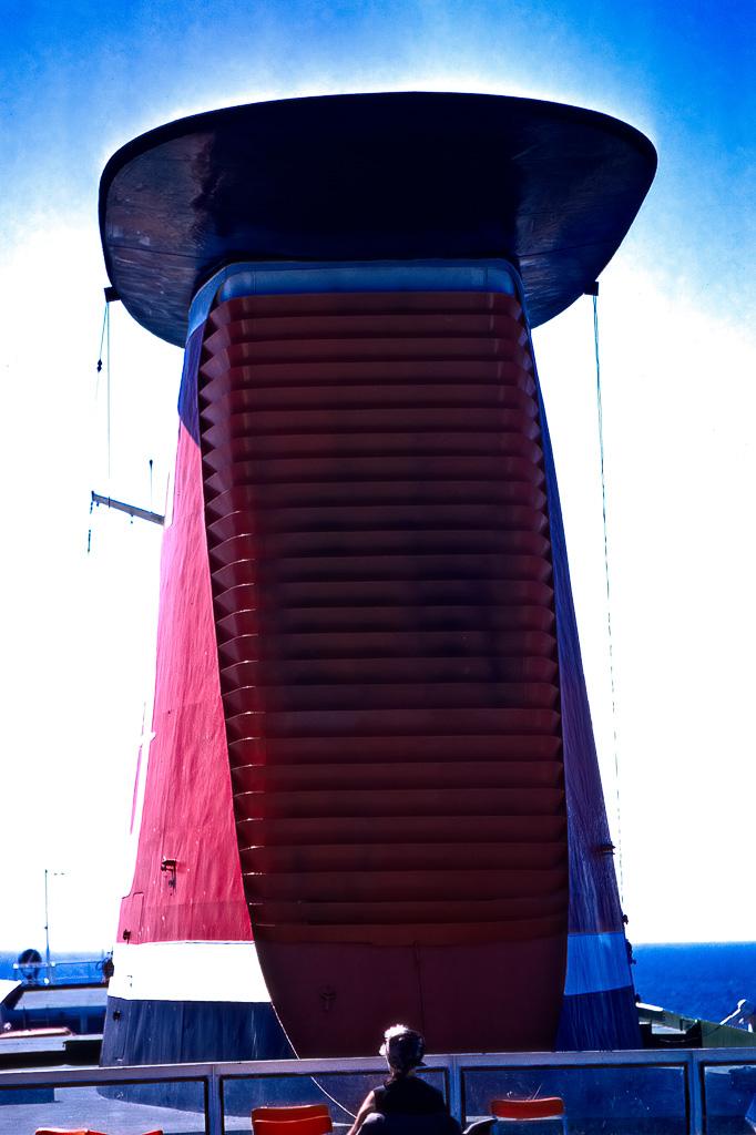 M/f Stena Olympicas skorsten.