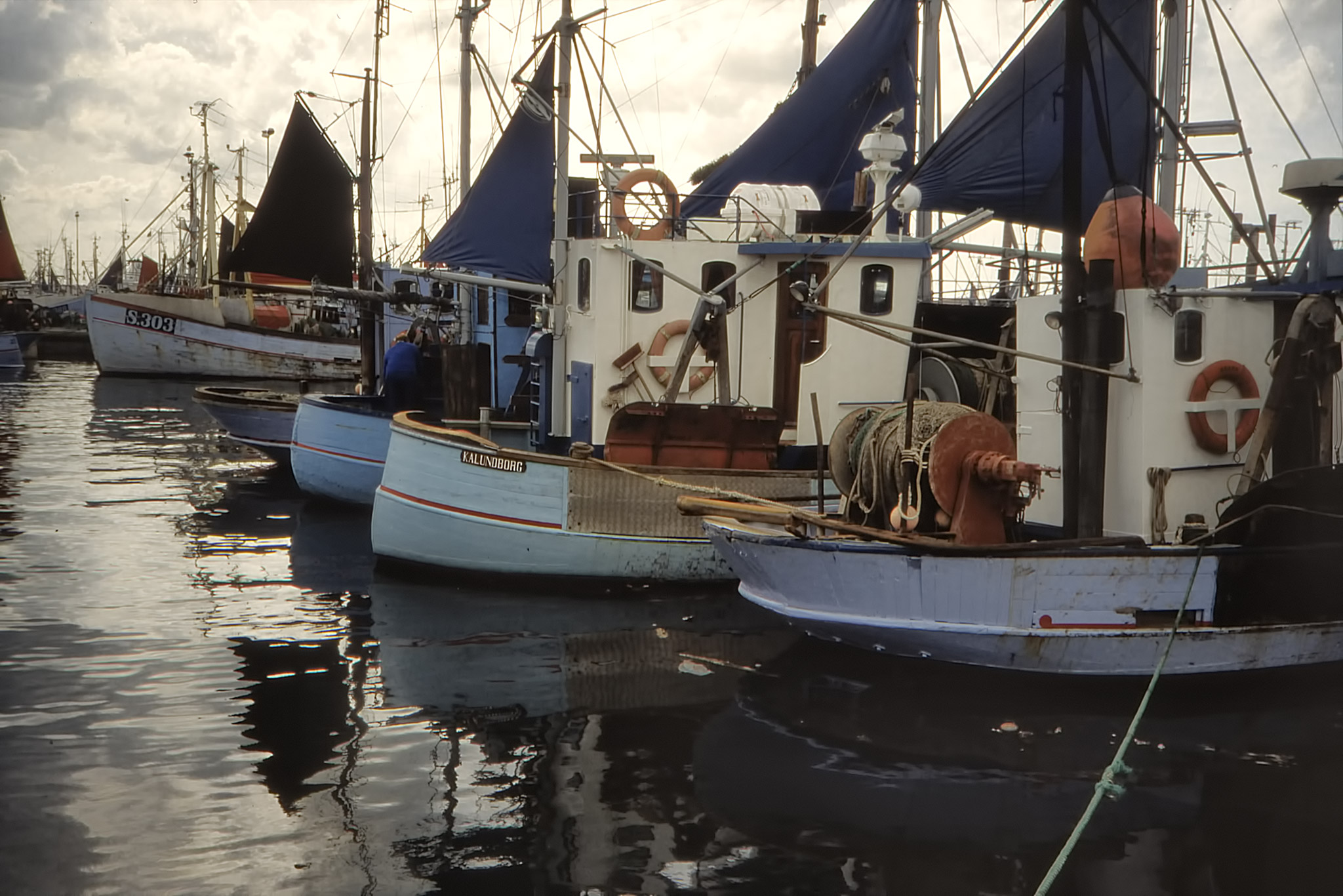 Fiskebåtar i Skagens hamn.