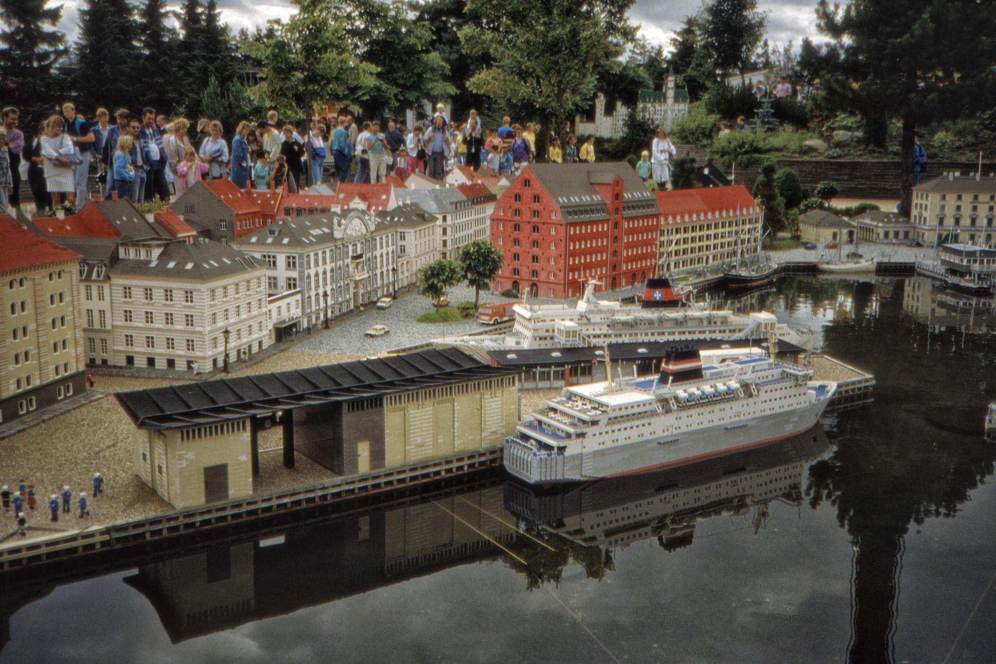 Hamnen i Legoland.