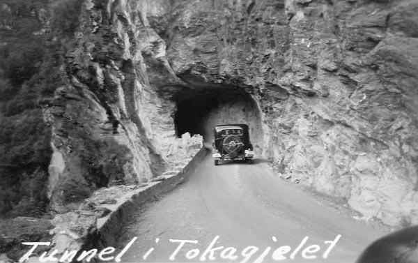 Tunnel vid Tokagjelet.