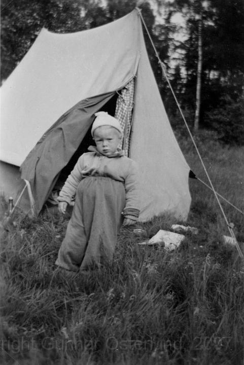 Så här påbyltad var jag när jag sov i tältet