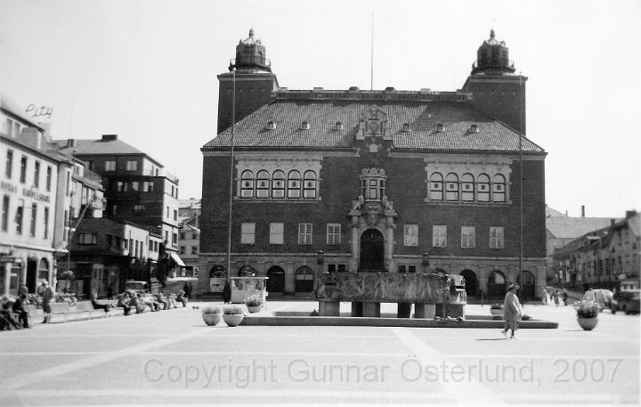Torget med rådhuset i Borås.