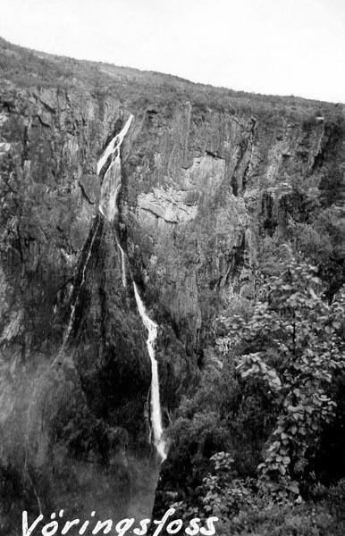 Vöringsfoss, ett 207 meter högt vattenfall