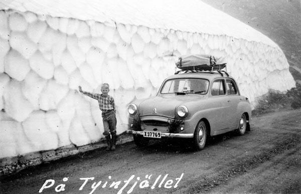 Snön låg djup på Tyinfjell.