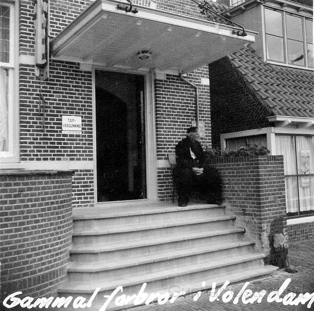 Gammal man i Volendam