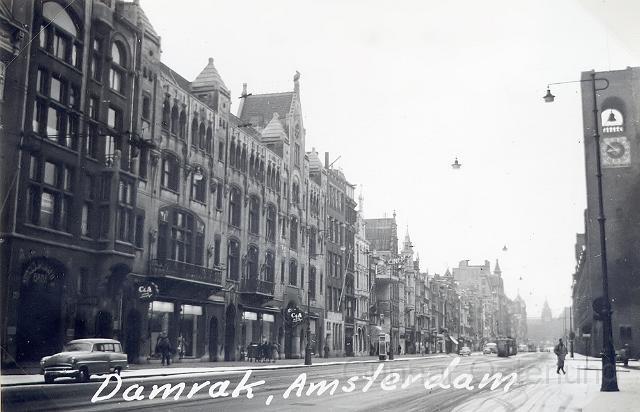 Damrak i Amsterdam