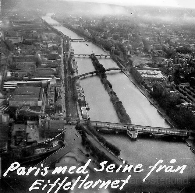 Utsikt över Paris med Seine från Eiffeltornet