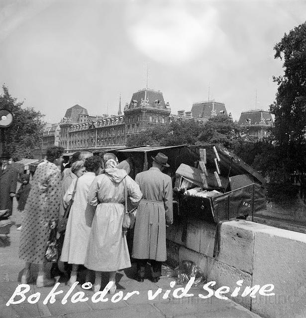 Boklådor vid Seine
