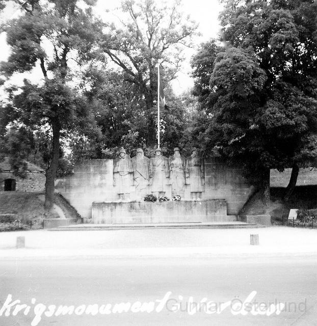 Ett av många monument i Verdun