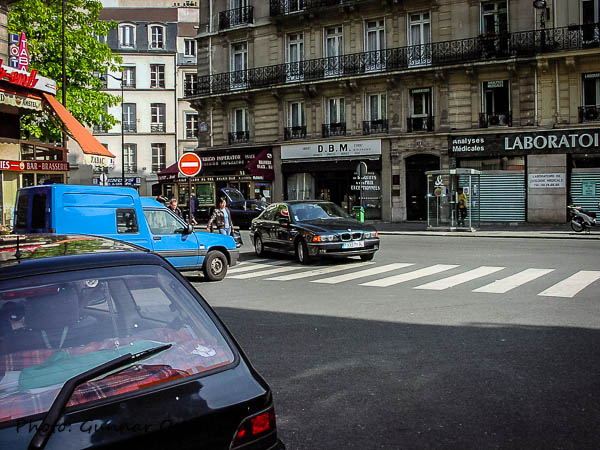 Parkering enligt Parismodellen.