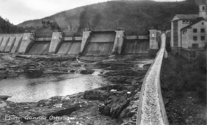 Dammen och timmerrännan vid Krångede