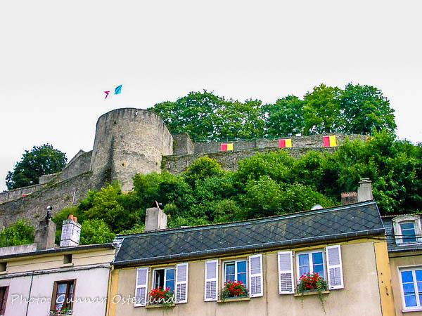 Fästning ovanför Thionville