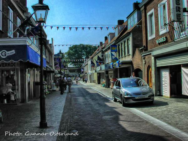 I den lilla staden Sluiss verkade varannan butik vara en porrbutik.