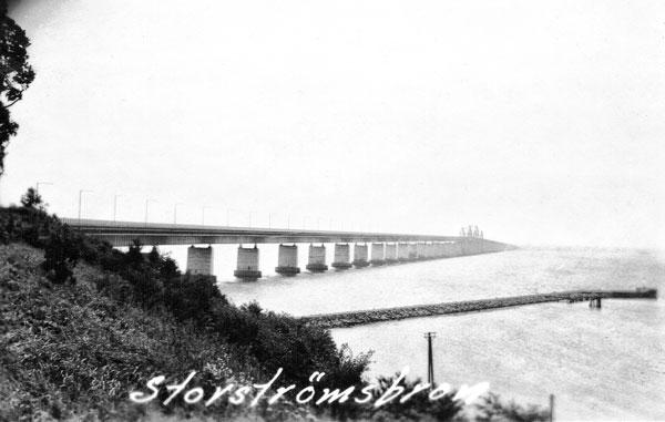 Storströmsbron, 3,2 km lång.