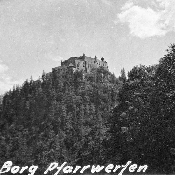 Borg, Pfarrwerfen.