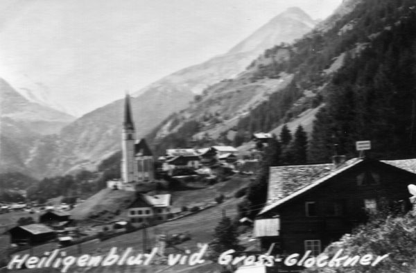 Heiligenblut vid Grossglockner.