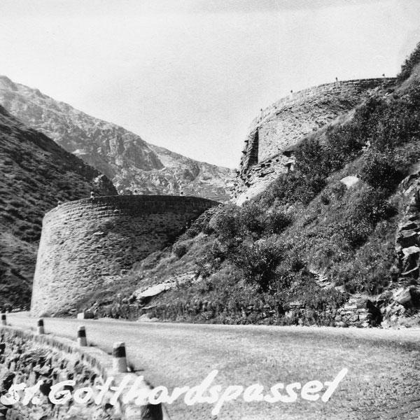 Vägen genom S:t Gotthardspasset.