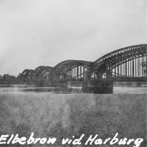 Bro över Elbe i Hamburg.