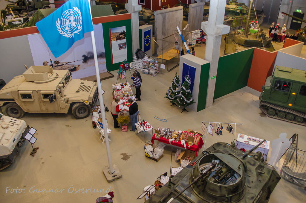 Förberedelser inför julmarknaden pågår.