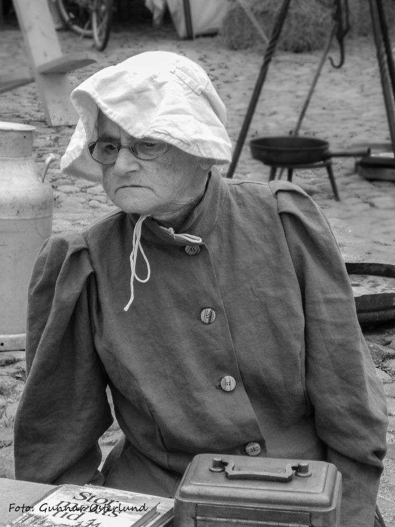 Äldre dam i Wismar.