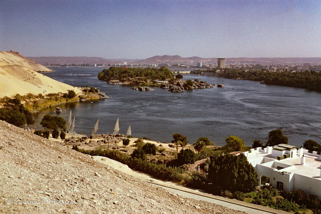 Nilen från Aga Khans mausoleum.