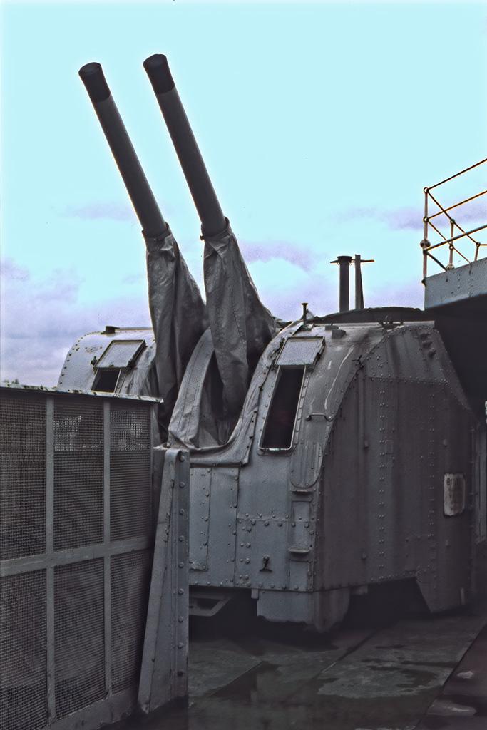 Sekundärartilleri, HMS Belfast