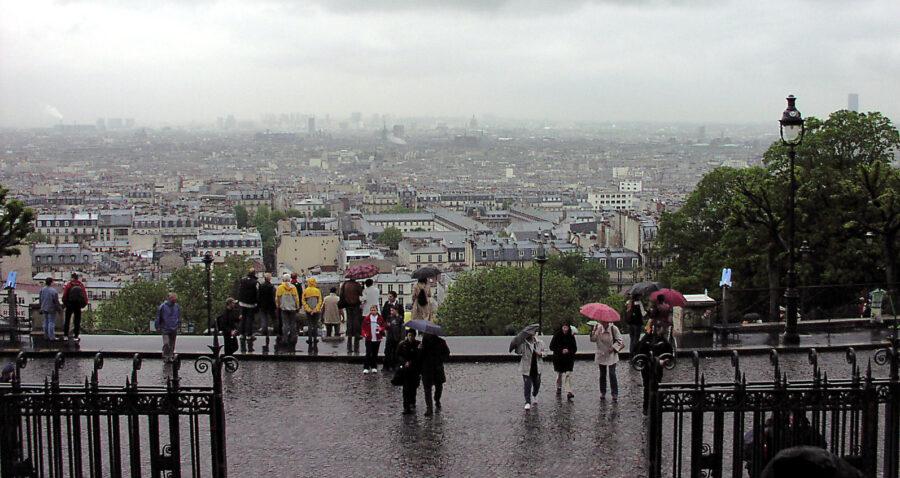 Regnvått.