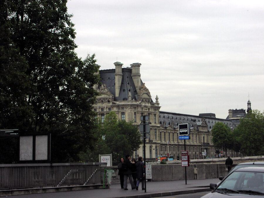 Louvren.