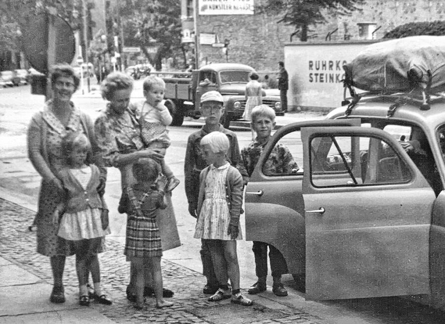 Inför avfärden från Väst-Berlin.