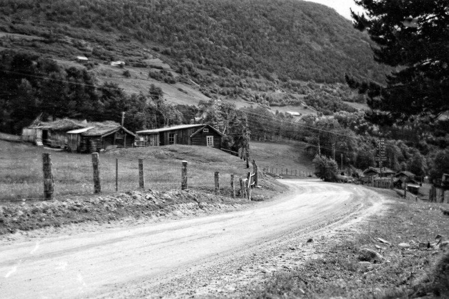 Gamla gårdar nedanför Dombås.
