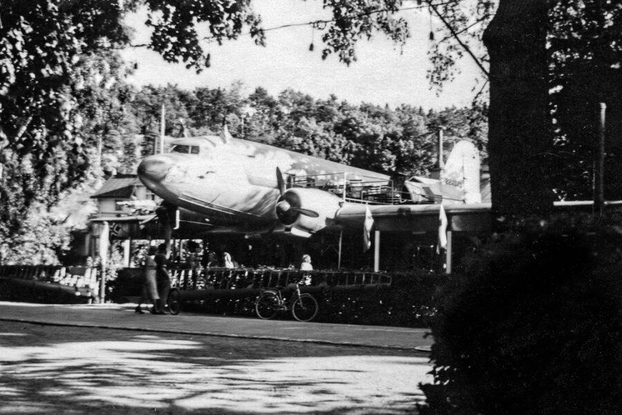 "Konditori ""DC-3"" i Norrtälje. Där fikade vi."