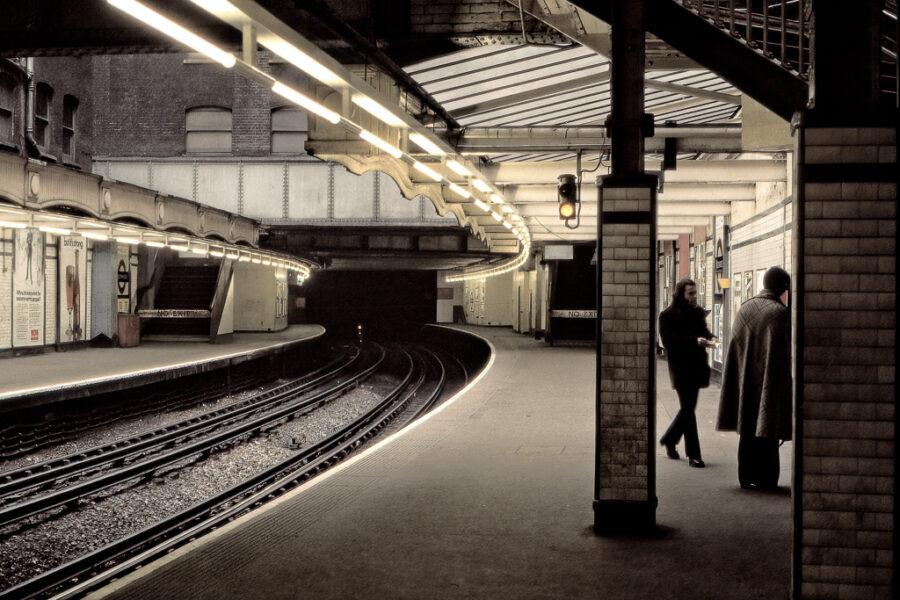 Tunnelbanestation.